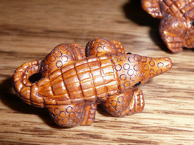 Adorable Detailed Hand Carved Alligator Boxwood Shank Button