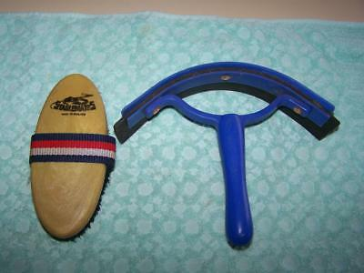 Stablemates horse grooming brush & quality sweat scraper VGC