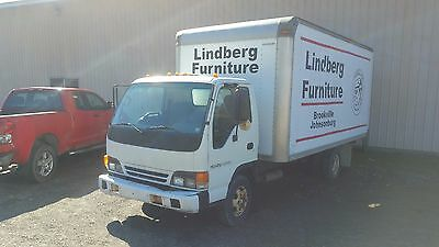 2005 Isuzu W4500 Chevy NPR box truck gas automatic delivery cube van