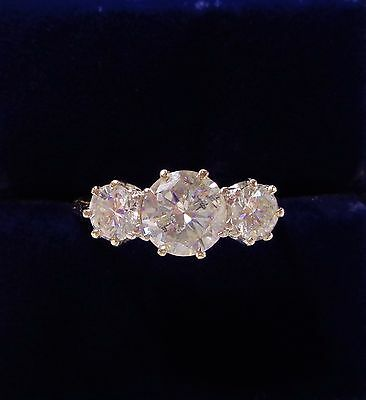 Vintage 1.65ct Three Stone Diamond Ring in 18ct Yellow Gold - Small Size L 1/2