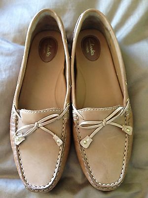 Clarks Artisan Shoes Tan Leather Slip On Moccasins Loafers Boating Size 11
