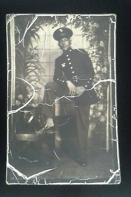 WW2 US  African American Marine with Expert Rifle Badge ~Photo