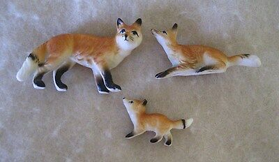 Vintage Family of 3 Bone China Miniature Fox Figurines-Mother Father & Baby