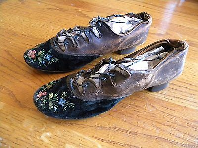 Vintage Turn Of The Century Women's Girl's Small Shoes Leather Felt Victorian