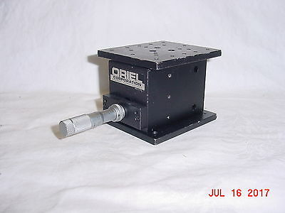 ORIEL Z AXIS Vertical Translation Stage Mitutoyo Micrometer
