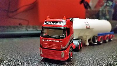 ho scale Volvo Truck and Trailer