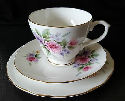 DUCHESS Vintage Trio - Tea Cup, Saucer, Plate Set – England – Floral Bone China