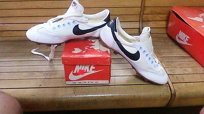 Mens Vintage Nike Turf Star Soccer Cleat Shoe Size 8.5 1970's