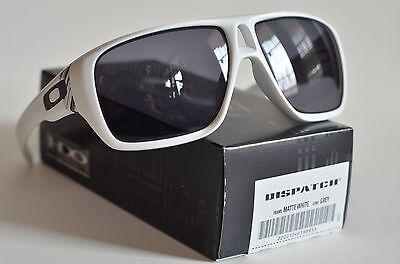 NEW Oakley Dispatch Sunglasses Matte White Frame with Grey Lens 9090-03 NEW Oak