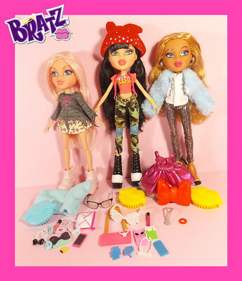 BRATZ Fashion Dolls - Selfie Snaps - Metallic Madness - Jade / Cloe / Raya