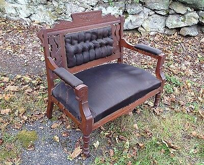 Elegant Antique Victorian Walnut Settee Chair (beautiful carvings)