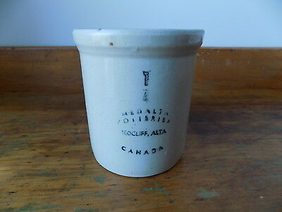 Very Rare 1/4 Gallon MEDALTA POTTERIES REDCLIFF, ALTA Stoneware Crock