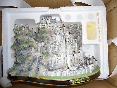 Danbury Mint Lord of the Rings Minas Tirith Lighted Sculpture RARE!!