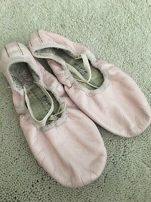 Bunny Hop BALLET SHOES Size 2.5 Girl's Light Pink Leather