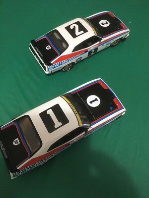Biante 1 18 Moffat 1 2 Bathurst 1977 Twin Pack And Plaque
