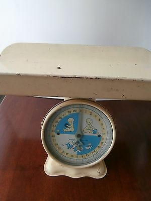 Vtg Metal Infant Baby Newborn Scale 30 Lbs Child Care Collectible