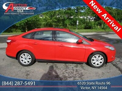 2012 Ford Focus SE 2012 Ford Focus Race Red SE 2.0L 4-Cylinder DGI Flex Fuel DOHC 6-Speed Automatic