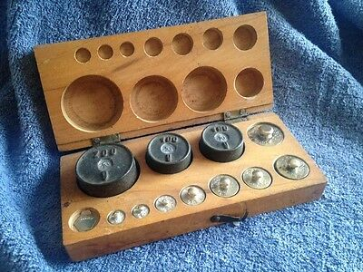 Complete Set Of 8 Brass & 3 Cast Iron Scale Weights In Original  Box - Germany -