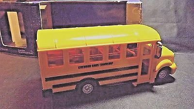 2001 Chevron Cars Sally School Bus - New In Original Box