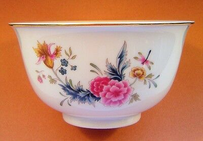 Avon American Heirloom Porcelain Bowl Independence Day 1981 footed with gold rim