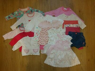 Bundle of baby girls clothes 0-3months (tops, leggings,cardigans,dresses,shorts)