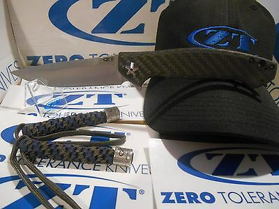 ZT 0452CF Zero Tolerance Knife BRAND NEW FREE Delivery