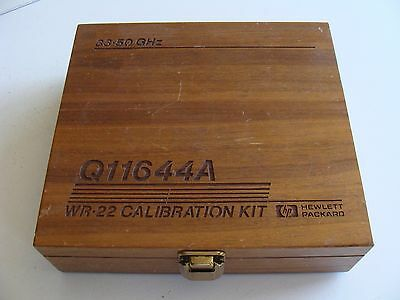 Agilent / HP / Keysight Q11644A  WR22 Calibration Kit Empty Wooden Box Only