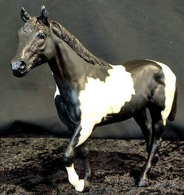 Breyer Traditional 229 Tobiano Pinto Stock Horse White Black Stallion Figure EUC