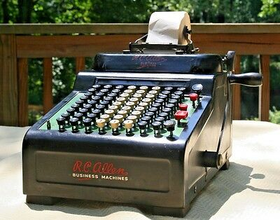 Vintage R.C. RC Allen Grand Rapids Business Adding Machine Model 805 Clean VG+