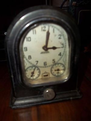 The Lux Clock Co. Oven Style Model 86S Alarm Clock