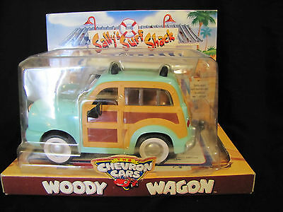 Woody Wagon CHEVRON Cars Collectable Car