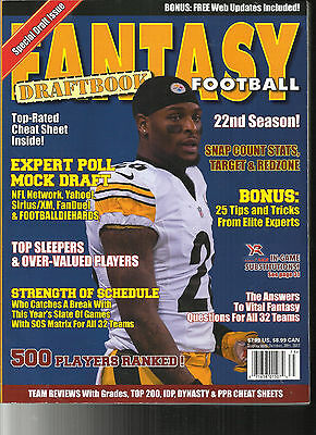 2017 FANTASY  FOOTBALL DRAFT BOOK MAGAZINE  22nd ANNIVERSARY ISSUE  500 PLAYERS