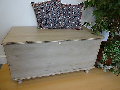 Lovely Very Large Wooden Painted Distressed Blanket Boxe Box Chest Storage