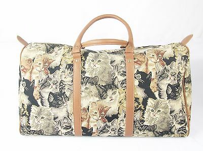 Cats & Kittens design Tapestry Travel Gym or Overnight bag Signare
