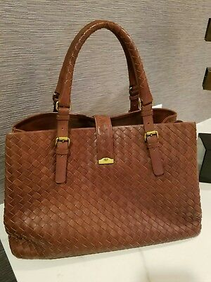 d1b94fcd90 AUTHENTIC BOTTEGA VENETA Roma Medium Intrecciato Leather Tote ...