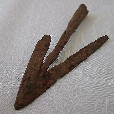 Rare Ancient Roman twisted IRON  arrowhead,  arrow