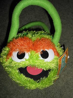 New with Tag Sesame Street's Oscar the Grouch Purse;  Handles, Zip Closure