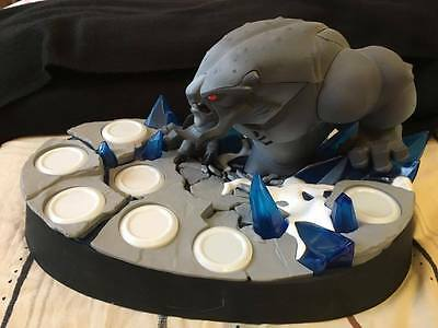 Disney Infinity 2 Collectors Edition Statue For Marvel Figures Rare - Lights Up