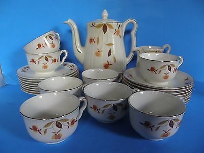 Vintage Hall's Autumn Leaf 18  Pc Set Coffee Pot-Creamer-Cups And Saucers