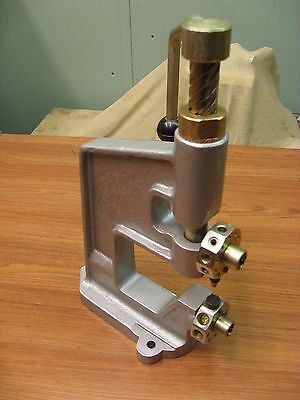 Hand Press Machine Industrial For Eyelets Studs Grommet Rivets And Buttons
