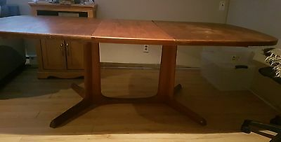 Antique Oak Dinning Room Table 1800 / 19th century