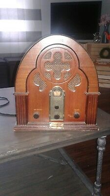 VINTAGE RADIO!! Vintage Thomas 1932 Radio Collector's Edition! AM/FM/Cassette