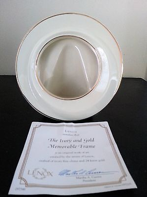 CHARMING Lenox Ivory and Gold Memorable Frame – Small COA included