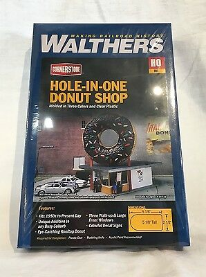 Walthers Cornerstone Hole-In-One Donut Shop Building Kit - HO Scale