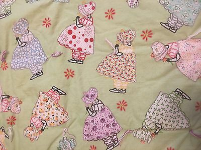 Sunbonnet Sue Baby Child Tied Padded Crib Quilt Lt. Green 42x36 Hand Made