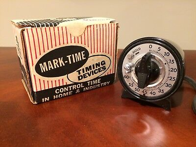 MARK-TIME 60-SECOND Portable Time Switch Photographic Dark Room Timer Vintage
