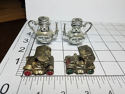 Lot of Vintage Salt And Pepper Shakers, metal , made in Japan