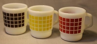 Lot Of 3 Termocrisa Milk Glass Coffee Mugs ! Stackable Checker Pattern Rare +