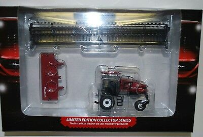 NEW! 1/64 MacDon M1240 self propelled windrower w/ draper, swather head Awesome!