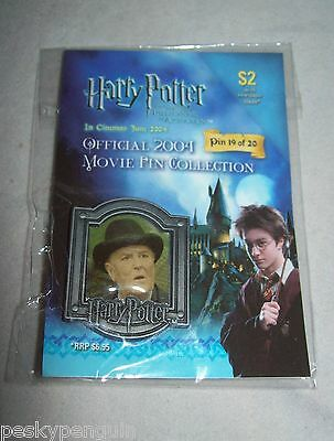 Harry Potter - Cornelius Fudge Movie Pin Collection Collectable from 2004 Badge